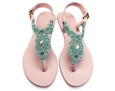 Marina Azul Macrame y sandalia de cuero rosa con tobillo por Sheeso