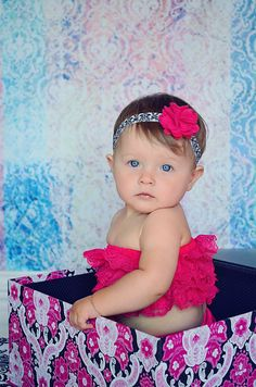 Felt Flower Headband / Felt Flower on Damask Elastic Headband / Newborn Headband / Baby Headband / Infant Headband / Photo Prop.