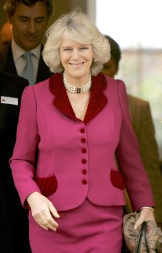 HRH The Duchess of Cornwall during a visit to Trinity Hospice, November in London. (Photo by Anwar Hussein Collection/ROTA/WireImage) Hm The Queen, Royal Queen, Royal Prince, Camilla Duchess Of Cornwall, Royal Uk, Camilla Parker Bowles, Royal Colors, Beautiful Old Woman, Royal Clothing