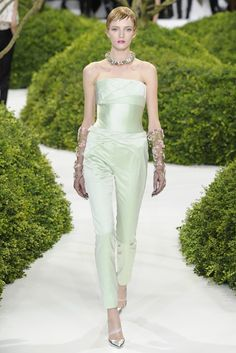dior haute couture spring 2013 {love the mint and also the metallic heels}
