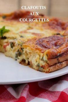 #courgettes #courgettes tomates mozzarella. Clafoutis léger courgettes tomates mozzarella a servir avec une salade en entrée ou en plat principal.#recette #entree #courgette #tomate #recipe #healthy #mozzarella
