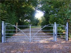 Contemporary gates and railings Driveway Entrance, Entrance Gates, Wooden Gates, Metal Gates, Drive Gates, Wrought Iron Garden Gates, Gates And Railings, Country Fences, Farm Gate
