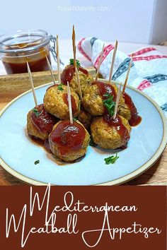 Try these low carbohydrate meatball appetizers. Made with ground turkey they are a tender baked option that everyone will love. Drizzle with a your favorite sauce and everyone will love them. fitasafiddlelife.com Mediterranean Diet Meal Plan, Mediterranean Recipes, Meatball Appetizers, Appetizer Recipes, Dinner Recipes, Healthy Meatballs, Grubs, Diet Meal Plans, Ground Turkey