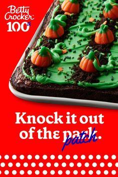 Halloween Dinner, Halloween Treats, Sandwich Cookies, Oreo Cookies, Pumpkin Vine, Brownie Frosting, Gel Food Coloring, Betty Crocker