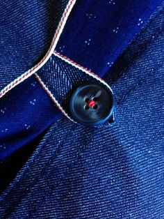 Japanese indigo. Jett pocket and Button loop in selvedge denim.