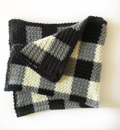 Daisy Farm Crafts - Gingham crochet black, white, gray baby blanket