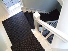 Lees hier meer over verschillende soorten trapbekleding voor een bestaande trap. Je kunt het deels zelf doen of je kunt het laten doen. Tips en inspiratie