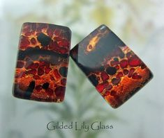 I sandwich tiny pieces of crushed glass between two layers of Copper dichroic and cap it clear glass