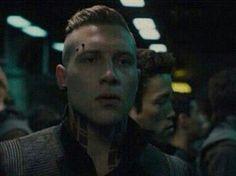 Eric-Divergent So gorgeous <3