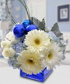 Beautiful Blue by Mary Murray's Flowers #Tulsa #Florist #Christmas