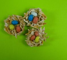 """Bird nest treats - would be cute to break one of the """"eggs"""" and add a Peep to the nest :-)"""