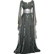 Αποτέλεσμα εικόνας για medieval gowns and dresses