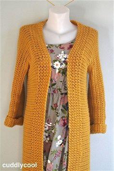 Fabulous Crochet a Little Black Crochet Dress Ideas. Georgeous Crochet a Little Black Crochet Dress Ideas. Gilet Crochet, Crochet Coat, Crochet Cardigan Pattern, Crochet Jacket, Diy Crochet, Crochet Clothes, Mode Outfits, Knitting, Chucky