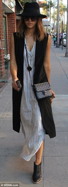 Retro Style Folk look: The Sin City star added some flair with a fedora and long black vest - The actress went for the boho chic look on Monday while out and about in Beverly Hills, California. Black Vest Outfit, Vest Outfits, Boho Outfits, Casual Outfits, Fashion Outfits, Navy Vest, Retro Fashion, Boho Fashion, Autumn Fashion
