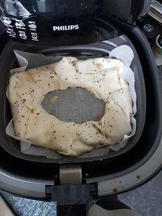 Samantha van Eijk heeft een pizza brood gemaakt voor in de airfyer. Actifry, Multicooker, Air Fryer Recipes, Food Lists, Tasty Dishes, Pizza, Oven, Good Food, Lunch