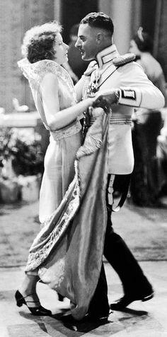 Greta Garbo and John Gilbert In 'Anna Karenina'.