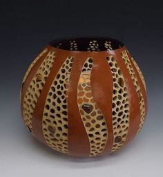 """""""Untitled"""" (Original art by Carved Gourds by Susan K. Decorative Gourds, Hand Painted Gourds, African Crafts, African Art, Coconut Shell Crafts, Pyrography Patterns, Gourds Birdhouse, Painted Plant Pots, Pine Needle Baskets"""