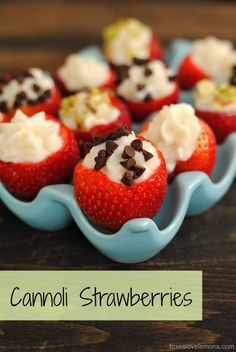 Cannoli Strawberries - the cannoli for people who love fruit and don't want to turn on the oven.   foxeslovelemons.com