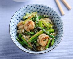 British Asparagus, Chilli, Lemongrass and Lime Leaf Stir Fry with King Prawns Recipe   Main Courses, Seafood Recipes   Kitchen Goddess