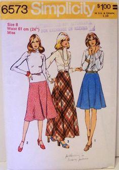 Simplicity 6573  1974  Size 12