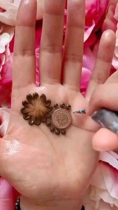 Simple Mehndi Designs Fingers, Henna Tattoo Designs Simple, Finger Henna Designs, Latest Bridal Mehndi Designs, Full Hand Mehndi Designs, Henna Art Designs, Mehndi Designs For Beginners, Mehndi Designs For Girls, Mehndi Design Photos