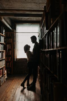 Beautiful, cozy, and intimate are words to describe how wonderful this engagement session was. This quaint little bookstore in the heart of Detroit, MI was the perfect place for their session. Aesthetic Couple, Daddy Aesthetic, Book Aesthetic, Character Aesthetic, Cute Couples Goals, Couple Goals, King Book, Hopeless Romantic, Daydream