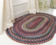 Quality Braided Rugs from The Braided Rug Company, UK Decorative Accessories, Home Accessories, Diy Craft Projects, Diy Crafts, Braided Wool Rug, Rug Company, Rag Rugs, Cottage Interiors, Primitive Decor