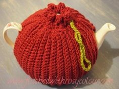 """reverse side of two way tea cosy """"Olives & Wine"""" by Flushed with Rosy Colour"""
