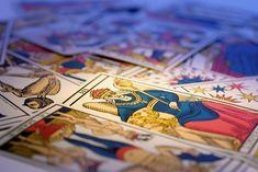 Consulta gratis la Carta del Día de Tarot Alicia Galván y déjate guiar por su sabiduría para conseguir conquistar el mejor de tus dias