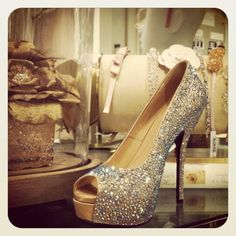 Sparkly Gucci Shoes!