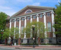 ... to Offer 'Early Action' Admissions Beginning in 2011 | UVA Today