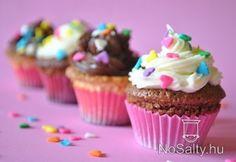 Csokikrémes és krémsajtos cupcake  http://www.nosalty.hu/recept/csokikremes-kremsajtos-cupcake#