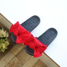 81b0d6d03c8 2017 il nuovo per le ragazze di estate pantofole versione Casuale della  parte pantofole arco Ragazze
