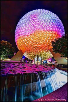 Spaceship Earth at night in Epcot, Walt Disney World, Orlando, Florida Disney Menus, Disney Tips, Disney Parks, Walt Disney World, Earth At Night, Kiss Goodnight, Spaceship Earth, Disney Resorts, Disney Cruise Line
