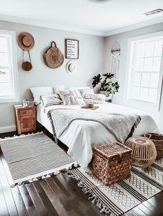 Room Ideas Bedroom, Home Decor Bedroom, Home Interior, Interior Design, Interior Ideas, Interior Livingroom, Interior Lighting, Deco Boheme Chic, Bohemian Bedroom Decor