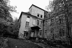 Lier Mental Hospital was built in 1926 and has a long history of lobotomies and electroshock therapy as well as many stories of mistreatment of patients. This site was partially abandoned in the mid-80′s with Buildings A, D and E being emptied out. The remaining buildings are still being used as a psychiatric facility. This location is, perhaps, the most famous haunted place in Norway.