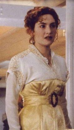 Rose dewitt bukater yellow dress.