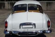 One of the oldest car makers still in business, the Czech car company Tatra was nationalised in 1948 and the early post-war period saw them concentrat. Drum Brake, Car Insurance, Old Cars, Cars And Motorcycles, Vintage Cars, Old Things, Auction, Classic, Vehicles