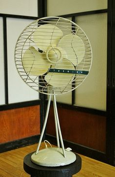 昭和レトロ東芝扇風機【品番D-168-2】【送料ランクE】【推定年代昭和中期】