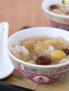 Snow Fungus Soup with Longan and Ginkgo Nuts Recipe