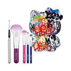 HELLO KITTY GRAFFITI 5 PIECE BRUSH SET LIMITED EDITION