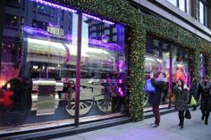 Holiday Window Wonderland - Slideshow