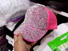 2703030ad11aa 164 mejores imágenes de gorras decoradas en 2019
