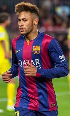 Manchester United Transfer News: Neymar transfer imminent as Barcelona face finance trouble Neymar Barcelona, Barcelona Team, Neymar Psg, Soccer Fans, Football Players, Soccer Drills, Play Soccer, Fc Barcelona