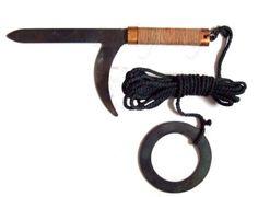 Samurai Weapons, Ninja Weapons, Weapons Guns, Ninja Japan, Armas Ninja, Martial Arts Weapons, Japanese Warrior, Self Defense Weapons, Shadow Warrior