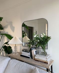 Up with the sun and admiring the way my vintage Orrefors lamp looks in her new home! Dream Home Design, Home Interior Design, House Design, Living Room Decor, Bedroom Decor, Deco Studio, Aesthetic Room Decor, Dream Rooms, My New Room