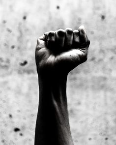 person's right fist grayscale photography photo – Free Black Image on Unsplash