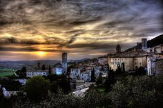 Assisi: Assisi >> Scopri le Offerte, I want to be here now.