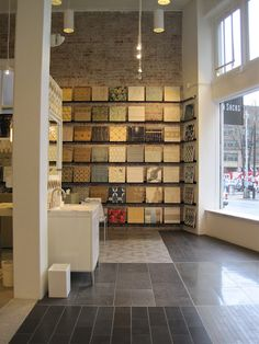 Ann Sacks, designer tile & stone store in Seattle. Must go there someday to swoon and drool over everything. Showroom Interior Design, Tile Showroom, Showroom Ideas, Floor Design, Tile Design, Stone Store, Drawing Room Furniture, Kitchen And Bath Showroom, Design Studio Office