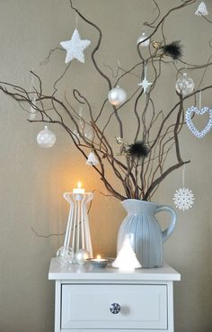 Ideas For White Christmas Tree Decorating Ideas Branches Noel Christmas, Christmas Images, Winter Christmas, Simple Christmas, Twig Christmas Tree, Hygge Christmas, Christmas Design, Decorated Christmas Trees, Christmas Hallway